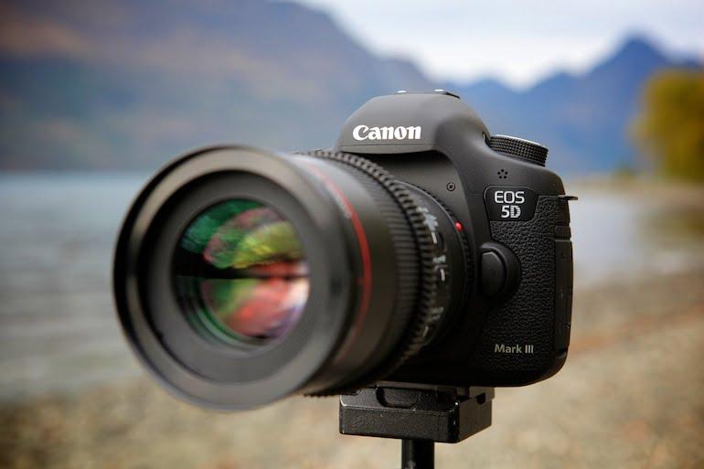 دوربین کانن 5D Mark III