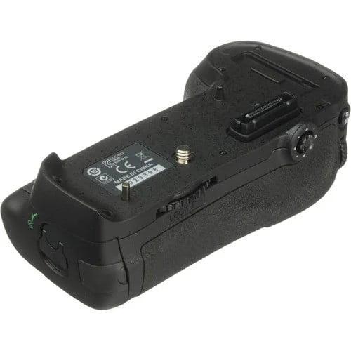 باتری گریپ نیکون MB-D12 for D800 HC